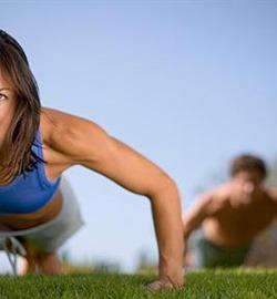 Cinco ejercicios para quemar grasa en cualquier lugar