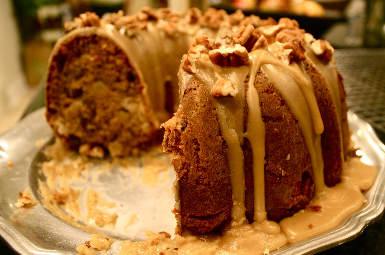 Apple-Cream Cheese Bundt Cake with Praline Frosting ...
