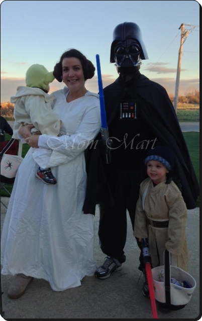 A Star Wars Family Halloween Costume