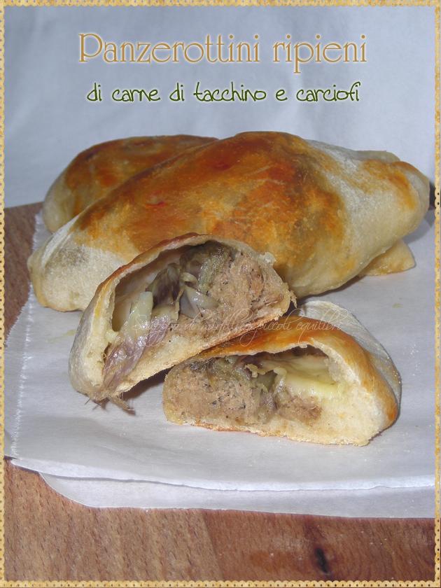 Panzerotti ripieni di carne di tacchino e carciofi