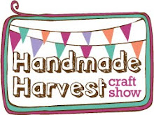 Help us get the word out! Grab the Handmade Harvest button for your blog or website.