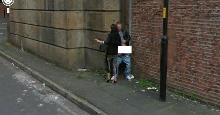 Google Street View: Couple caught having sex in French