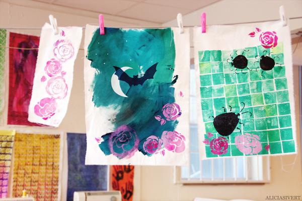 aliciasivert, alicia sivertsson, levande verkstad, textile, fabric, print, pyssel, konst, handarbete, hantverk, skapa, textil, tygtryck, tryck, tyg, potatistryck, schablon, stencil, fladdermus, kackerlackor