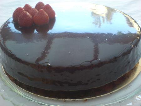 Recette de gla age au chocolat brillant chef afechkou - Glacage pour eclair au chocolat ...