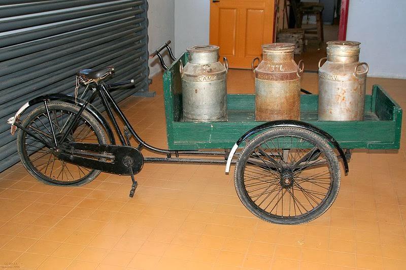 klasyczny holenderski rower transportowy - Bakfiets