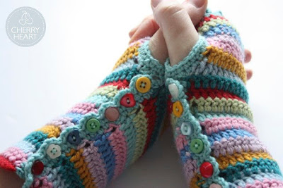 free crochet pattern striped fingerless gloves