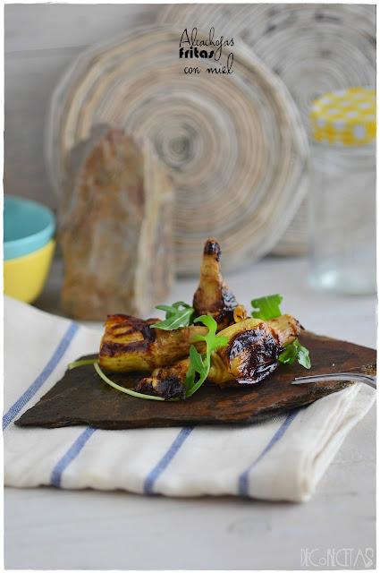Alcachofas fritas con miel