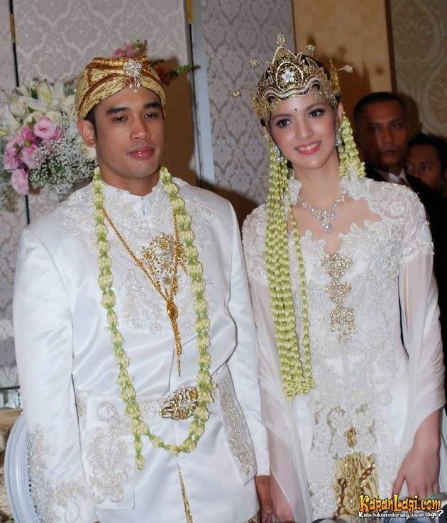 Foto Model Baju Kebaya Nia Ramadhani