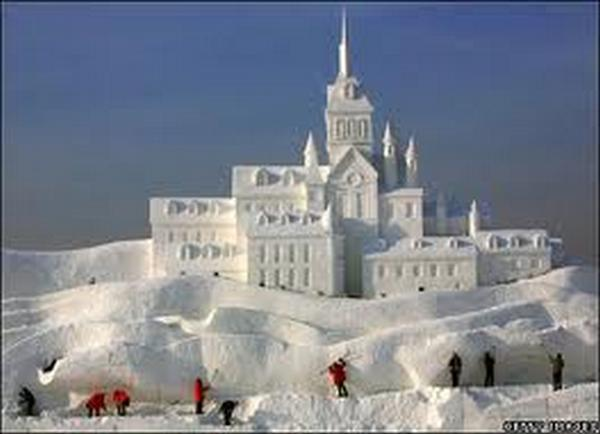 Amazing Creative Incredible Snow Sculptures Seen On www.coolpicturegallery.us