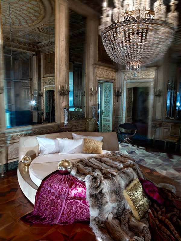 luxury life design roberto cavalli home collection. Black Bedroom Furniture Sets. Home Design Ideas
