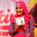 Foto 5: Fatin Saat Launching Album Perdana For You (Pic by @Viva)