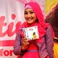 Foto 5: Fatin Saat Launching Album Perdana For You (Pic by @Viva)
