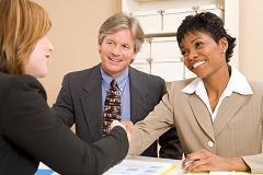 entrevista de emprego com dois entrevistadores