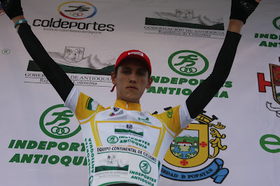 http://4.bp.blogspot.com/-RXVl0yUuuAA/Tchq9ksebrI/AAAAAAAAAv8/fYA04ZRLNgA/s640/William+Valencia.JPG