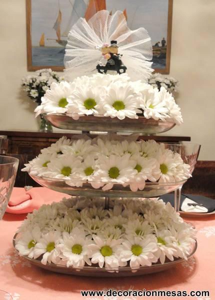Decoracion de mesas mayo 2013 for Adornos d mesa para boda