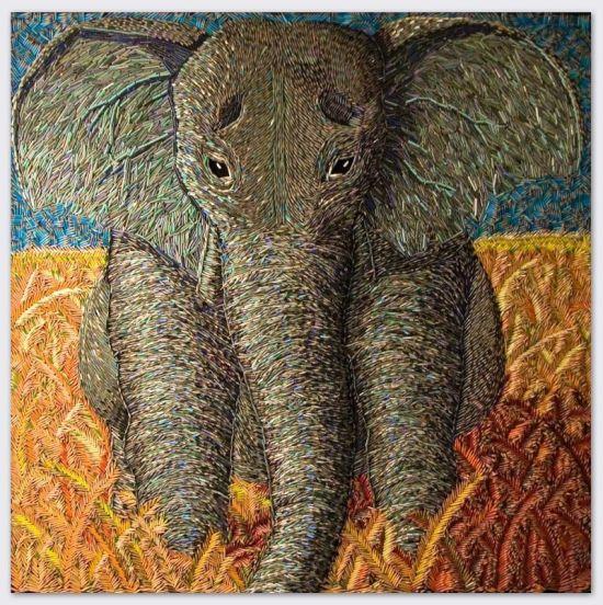 Federico Uribe pinturas feitas com lápis Elefante