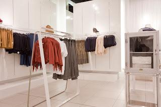 визуальный мерчендайзинг магазинов одежды