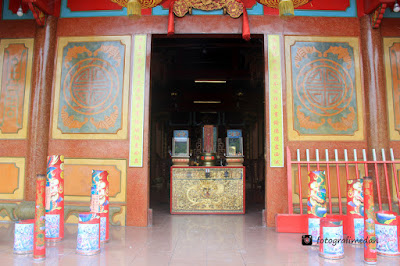 wisata religi vihara gunung timur fotografi medan