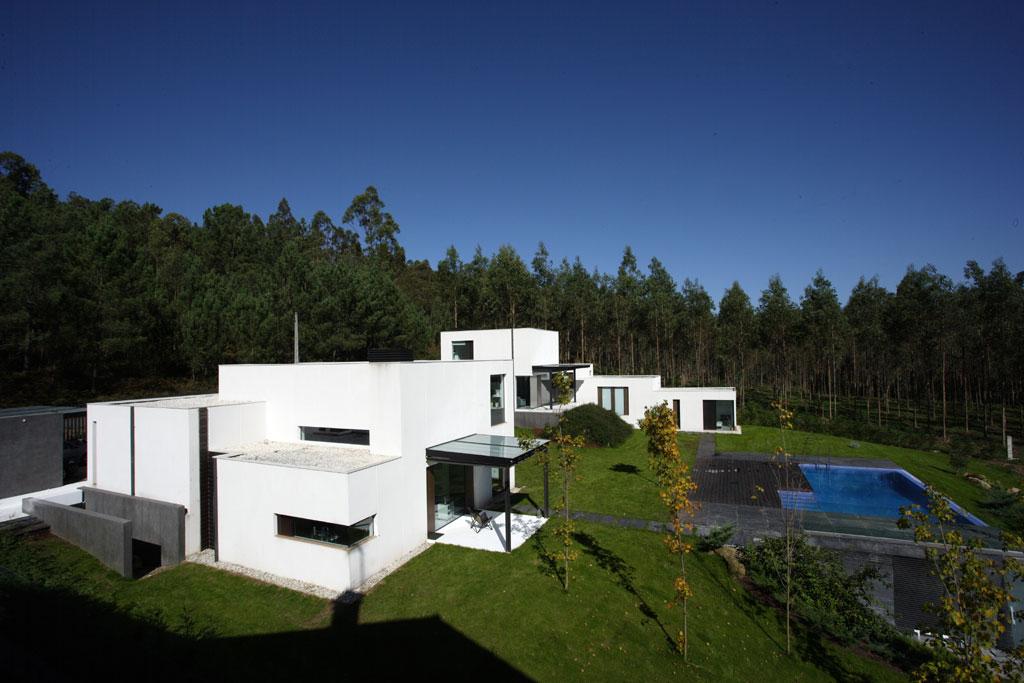 Galicia cool magazine viviendas gemelas en santiago de - Viviendas modulares galicia ...