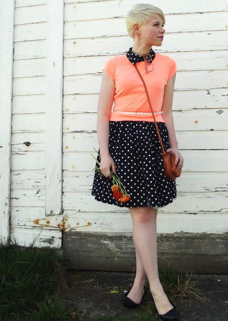 fleur d'elise, blonde, pixie cut, seattle, blogger, fashion, spring