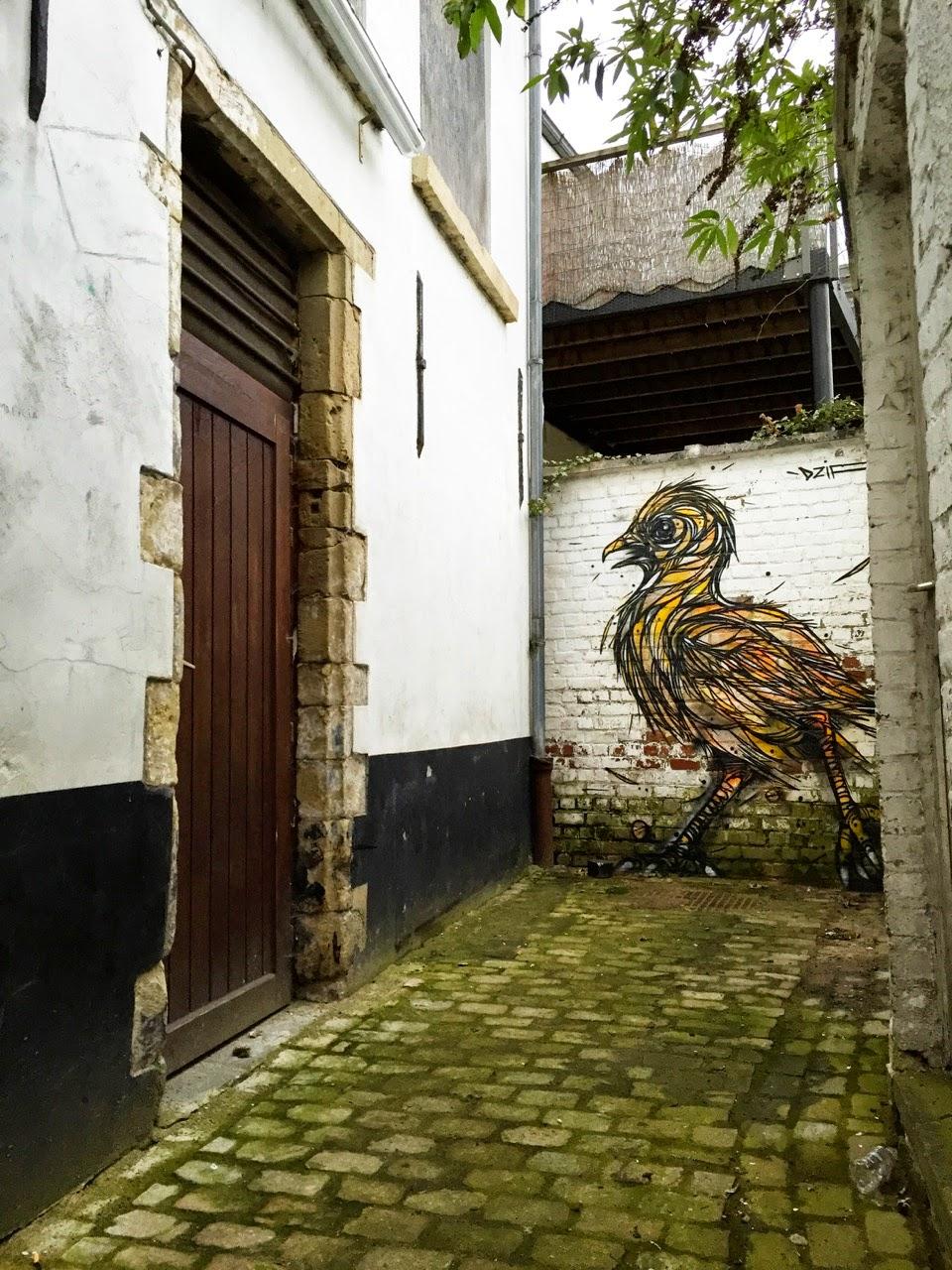 Wavre Belgium  City pictures : DZIA paints