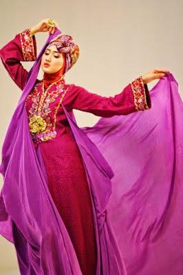 gaun malam muslimah mewah