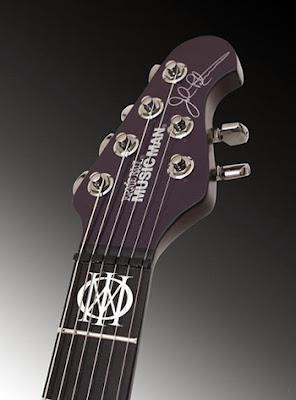 Guitarra-John-Petrucci-MusicMan-Majesty