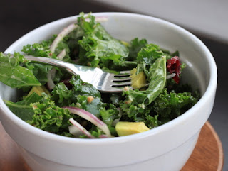 apple and avocado kale salad
