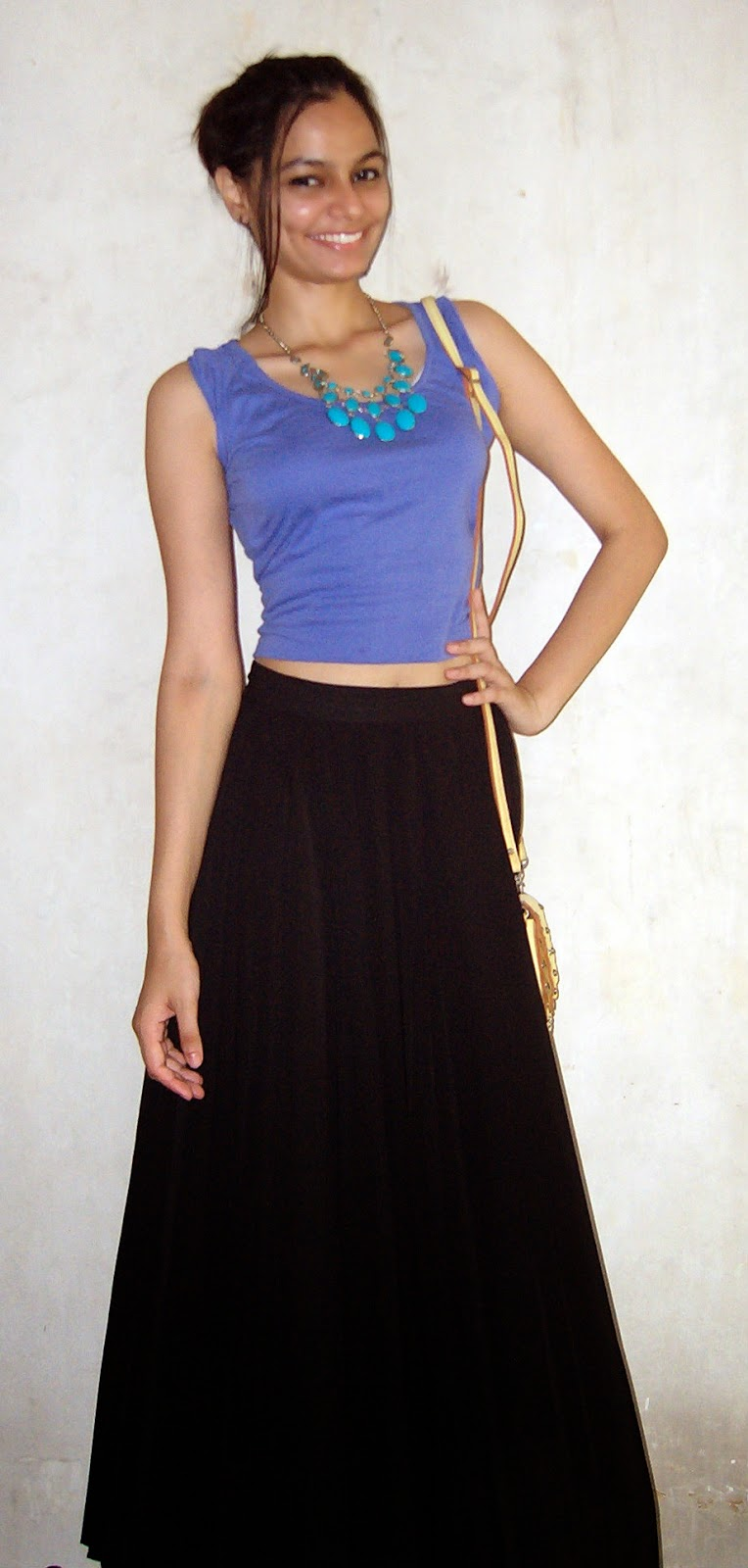 croptop, how to wear a crop top, pleated skirt, pleated maxi skirt, maxi skirt, summer style, indian fashion blogger, mumbai fashion blogger, mumbai streetstyle, summer shopping ideas, look for less