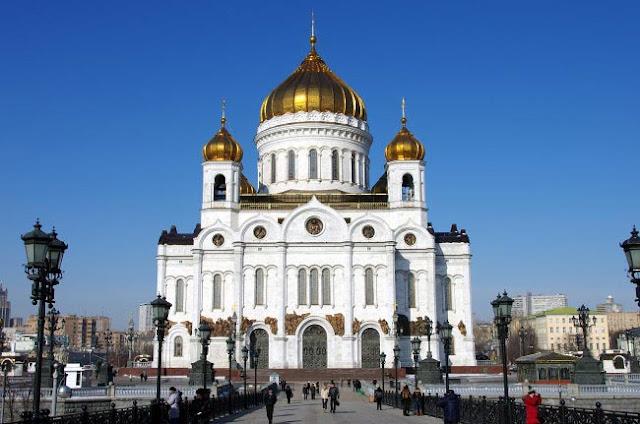 Во всех храмах Москвы пройдут богослужения на Осеннего Сергия