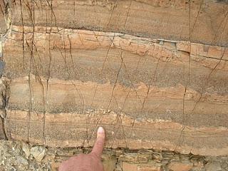 http://geologiterapan.blogspot.com