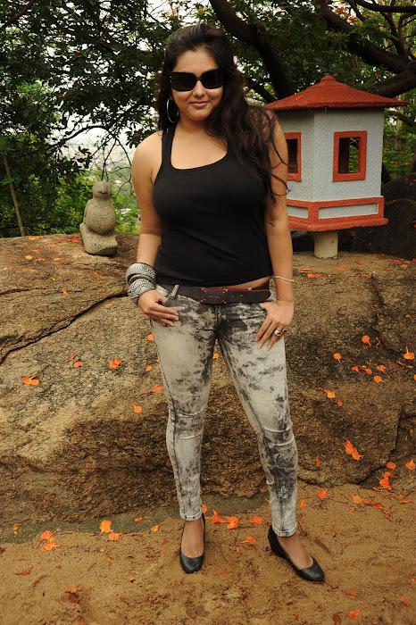 namitha from sukra movie launch, namitha new latest photos