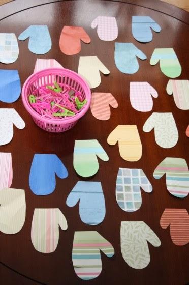 jocuri pentru copii mari i mici perechi de manusi. Black Bedroom Furniture Sets. Home Design Ideas