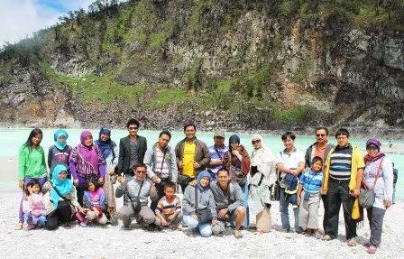 Paket Wisata Kawah Putih Bandung Murah 2015