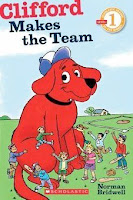 bookcover of Clifford Makes The Team by Norman Bridwell