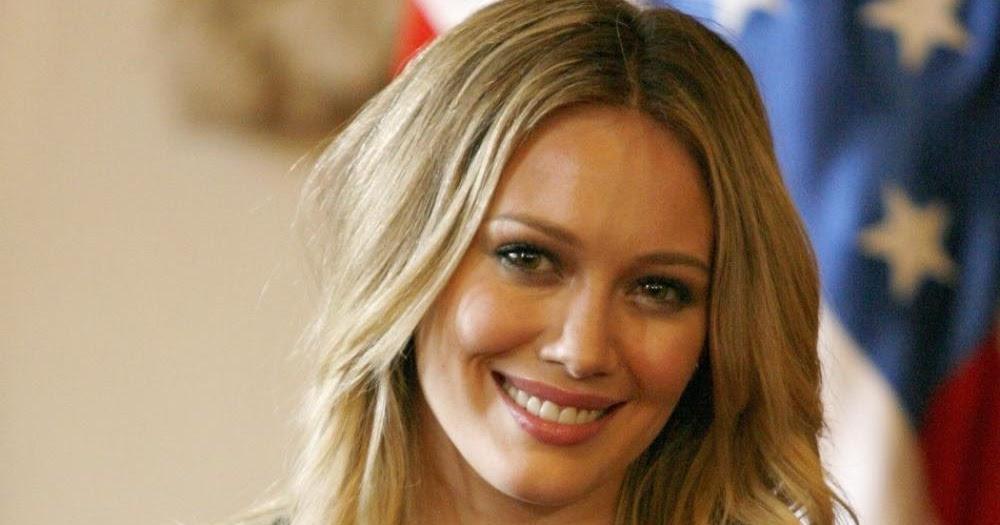 Stars nues sur Internet : Hilary Duff aide le FBI dans son
