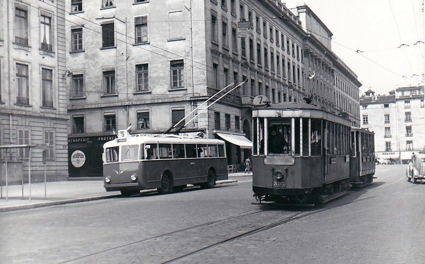 transpress nz trolleybus and tram in lyon france may 1954. Black Bedroom Furniture Sets. Home Design Ideas