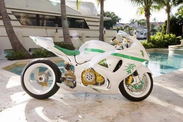 Pearl White Hayabusa
