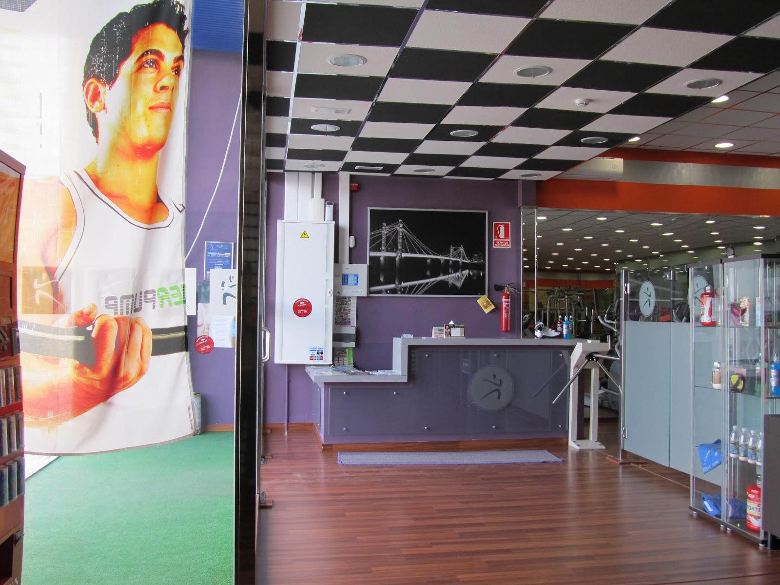Dise ador de interiores antonio ternero martin gimnasio - Disenador de interiores trabajo ...