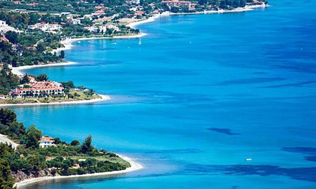 Δεκαπενταύγουστος: Ποιος είναι ο δημοφιλέστερος προορισμός για τους Έλληνες