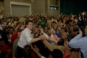 Enrique Peña Nieto arrasa con su popularidad en Guanajuato.