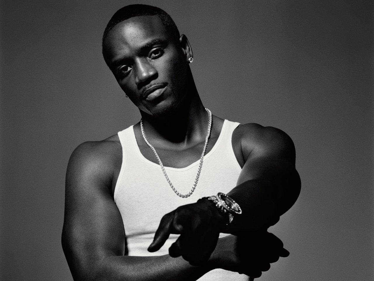 http://4.bp.blogspot.com/-R_f9KPO5VQg/TsppGAQvmlI/AAAAAAAASAA/eN3tBEx2x9E/s1600/Akon-005.jpg