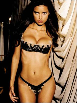 Fashion Model Adriana Lima3