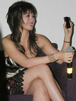 Agnes Monica Hot And Cool Celebrity