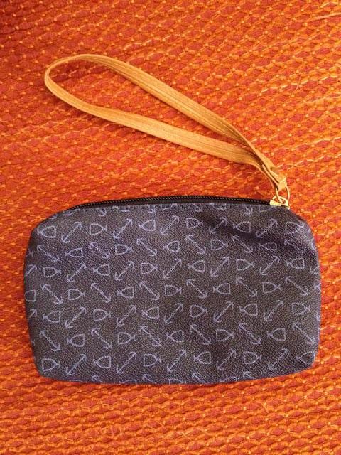 http://www.banggood.com/it/Womens-Handbag-Shoulder-Bag-Set-For-Ladies-Purse-Wallet-Three-Piece-p-972235.html?utm_source=forum_review&utm_medium=&utm_campaign=rorymakeup&utm_content=hanlu