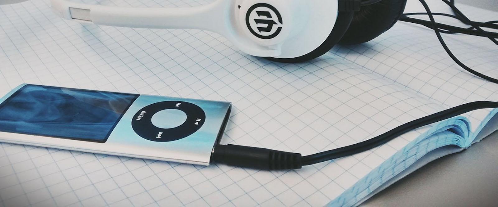 Nossa lista com os melhores Podcasts para você começar.