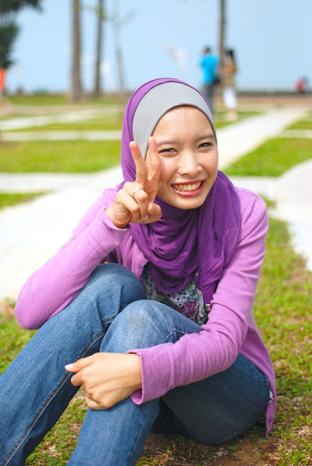 Malay women   Tudung U beraksi bebas melayu bogel.com