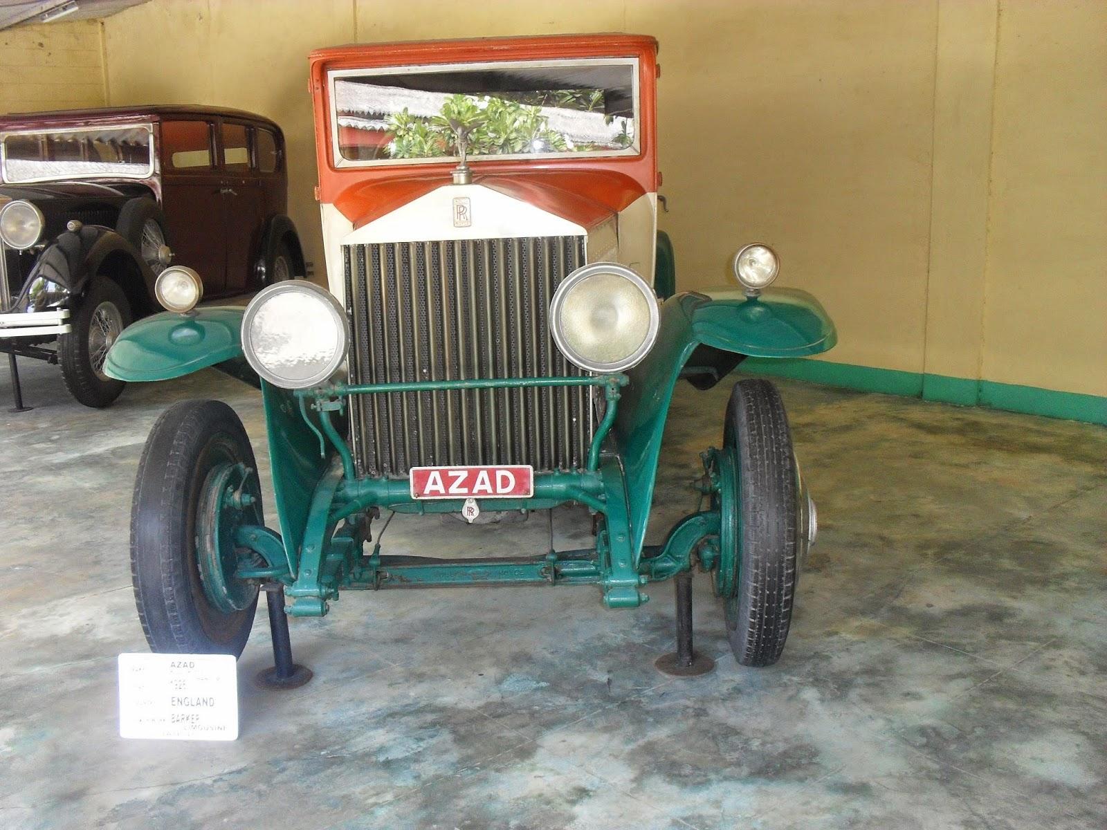 Swapnagandha\'s World: Auto World Vintage Car Museum, Ahmedabad