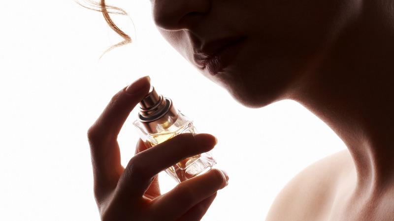 3 Dicas imperdíveis para usar uma fragrância sensual.