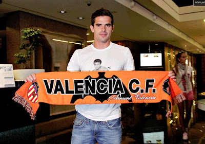 Real Madrid sells Gago to Valencia